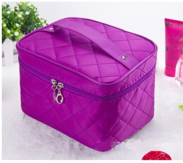 Quilted Design Large Capacity Cosmetic Bag